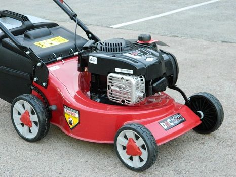 DMC lawnmower 4 stroke briggs & stratton 625EX series POWERFUL ENGINE