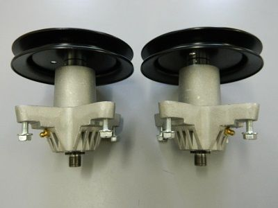 2 x BLADE SPINDLE ASSEMBLY FOR 42 INCH MTD CUB CADET MOWERS 918-04461 RIDE ON MOWER