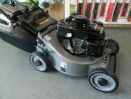 Push Lawn Mower MULCH OR CATCH -19 inch cut + solid catcher powered by a 5.5HP Honda engine